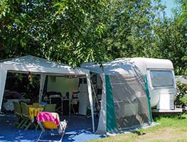 emplacement camping hyeres